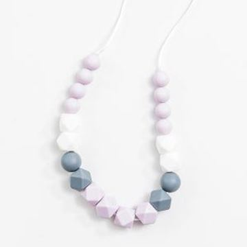 Picture of Mom Necklace - Lilac